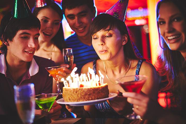 TIPS ON ORGANIZING A TEENAGER'S BIRTHDAY
